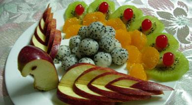 孔雀开屏水果拼盘做法和步骤