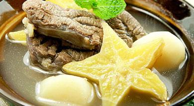 杨桃炖牛腱